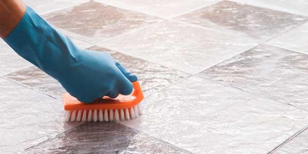 schoonmaaktips voor schoonmaken vloeren en meubels