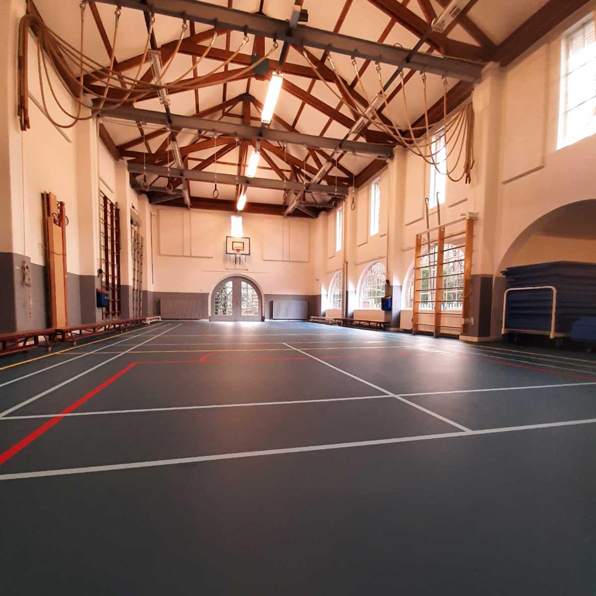 Recent werk Project Aerdenhout reinigen gymzaal vloer